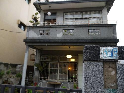 屋齡超過60年的台南市「鹿角枝」咖啡店