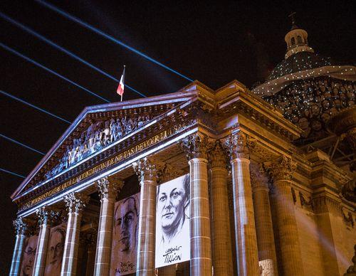 12_Germaine_Tillion,_Geneviève_de_Gaulle-Anthonioz,_Pierre_Brossolette_et_Jean_Zay_rentrent_au_Panthéon_04