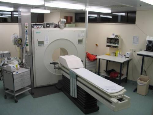 圖9 PET電腦斷層室(來源:wikipedia)